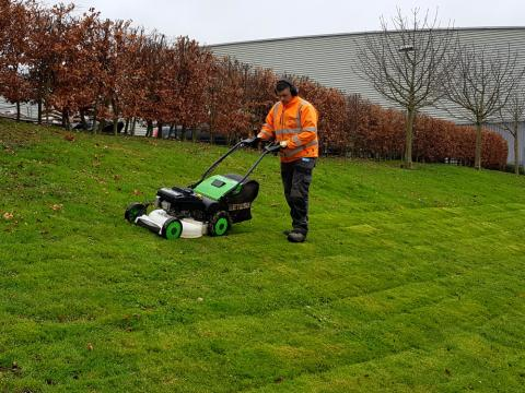 difficult sloped bank mowing kent